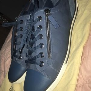 Men's Louis Vuitton sneaker